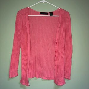 Pink buttoned cardigan🌺